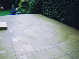Patterned paving completed in landscaped garden in Goole.